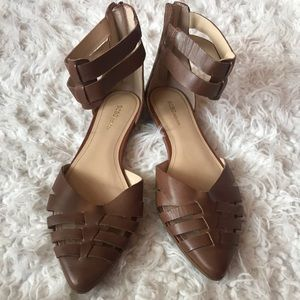 BCBG flats point toe